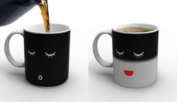 13 Heat-Activated Mugs