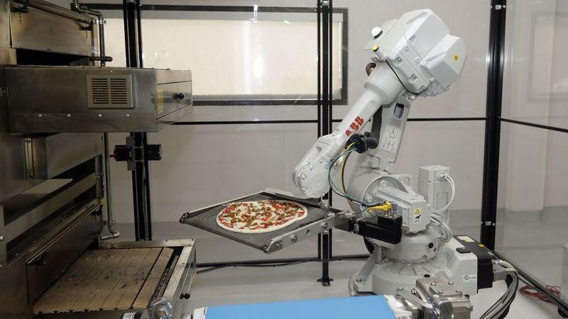 Robot-Run Pizzerias