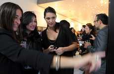 Fashionista Touchscreen Retail