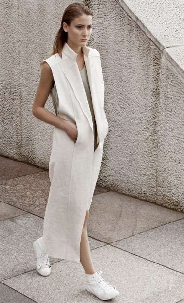Stonewashed Minimalist Fashions